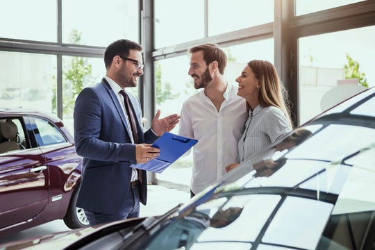 Important Tips to Follow Before Buying A Used Car from A Dealer